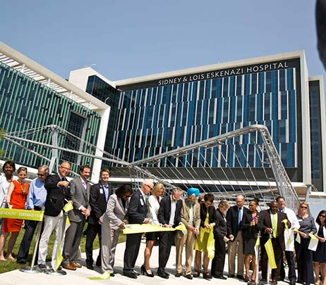 Eskenazi Health Celebrates Opening of World-Class Outdoor Plaza
